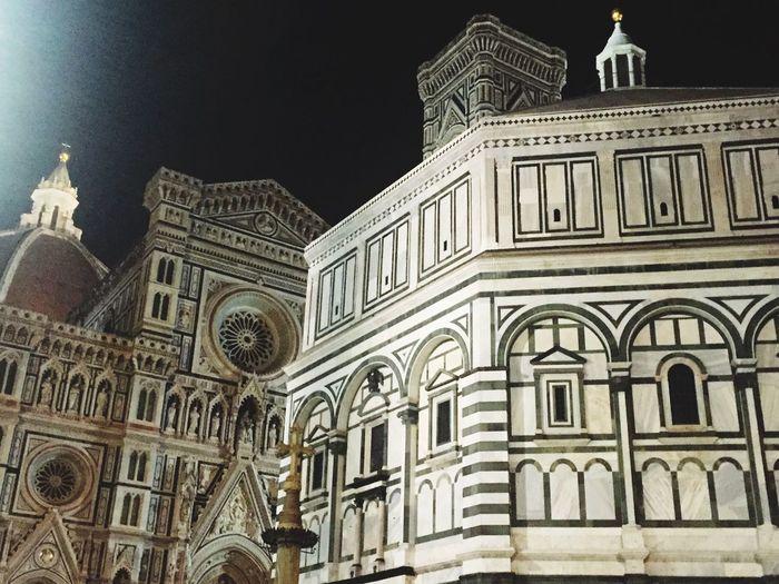 Church Duomo Dome Art Renaissance Firenze Florence Italy Restauro Picture Photography Photo Toscana EyeEm Best Shots EyeEm Gallery EyeEm Don'tfollowme Night Nightphotography