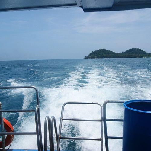 ลงเรือ... 🚢🚢🚢⛵⛵⛵🚤🚤 Trang Thailand Reviewthailand