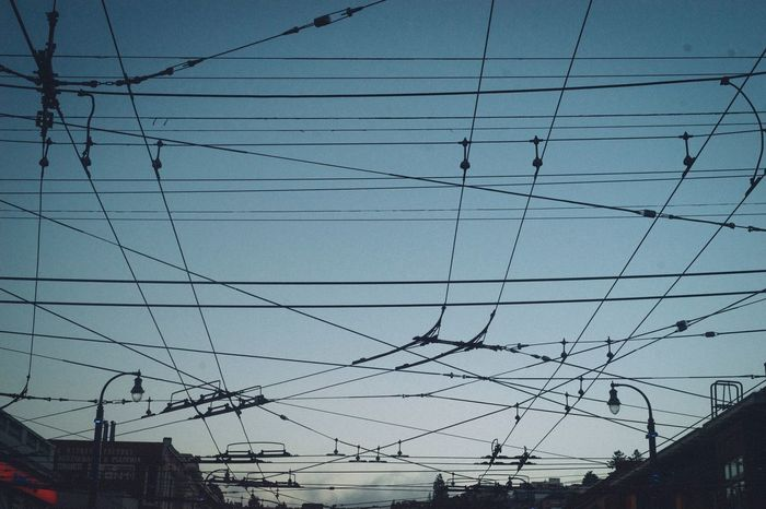 Cable Power Line  Connection Power Supply Low Angle View Electricity Pylon Electricity  Built Structure Sky Day Architecture No People Outdoors Building Exterior Fuel And Power Generation Telephone Line Complexity Technology City Life Electric Bus San Francisco Urban Skyline Urban