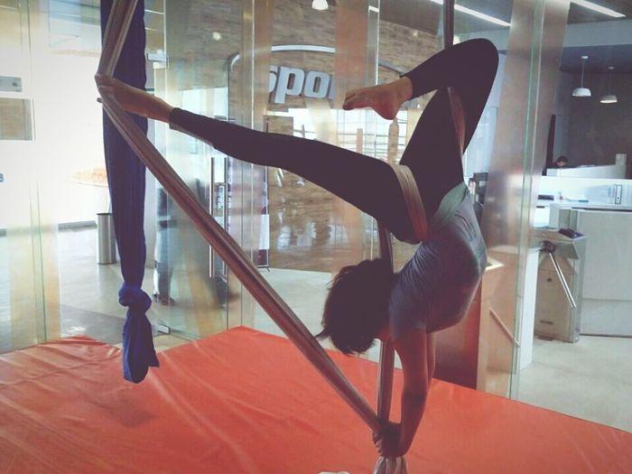 Fitnessmotivation Flexible Danzaaerea Acroyoga Danza Aerea