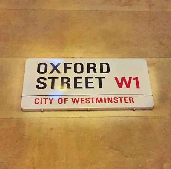 Oxfordstreet Famous LondonDiaries🇬🇧🇬🇧🇬🇧 LONDON❤ Shopping ♡ Crowded Bright Showcase: December Eye4photography  EyeEm Gallery Check This Out Hi! Ilovephotography EyeEm Photography City Of London Iphonephotography ❄️🍥🍭🍦🌂👝👛👜💼👓👠👢👞