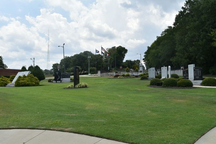 Beautiful Freedom Memorial Park Paying My Respects to the Fallen Soldiers who gave all in each of the Wars from Fayetteville and surrounding areas. Us Military