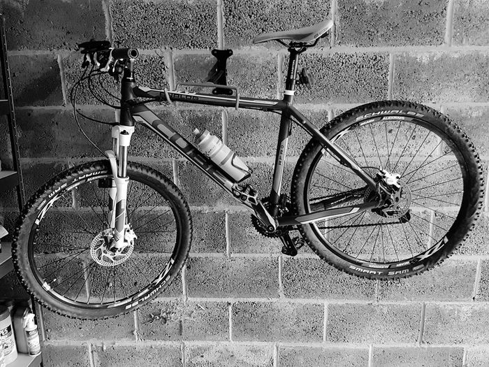 Mountain Bike Bicycle Bike Rack Garage Blackandwhite Samsung Galaxy S7 Cubebikes Transport