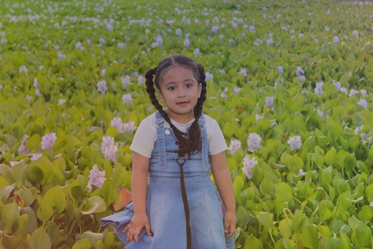 Flower Child Portrait Childhood Girls Beauty Looking At Camera Rural Scene Field Close-up