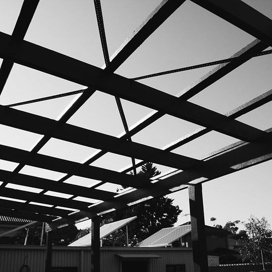 Criss Cross Photography Photos Photo Photographer VSCO Vscocam Vscocamphotos Vscoaus Vscoaustralia Vscomelbourne Canon Gspc Blackandwhite Bw Bnw Blackandwhitephotography Bw_awards Bnw_awards Blackandwhiteisworththefight Melbourne Verandah Lines Bracing Timber Crisscross deck buildingdesign building architecture glowdesigngroup