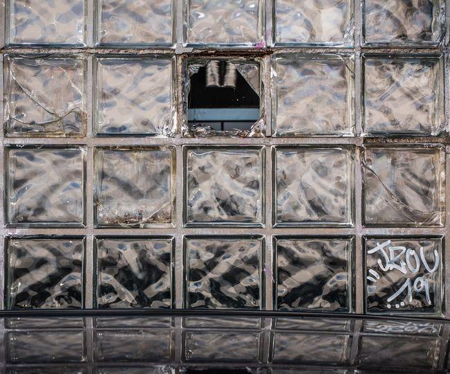 Backsteinglas M_inimal Minimalism Minimalist Architecture Minimalobsession Minimalobsession Minimalist Photography  Glass Glass - Material Backgrounds Full Frame Pattern Window Close-up Geometric Shape