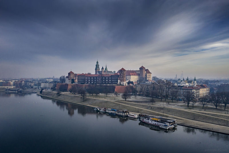 Wawel Aerial Photography Drone View Drone  Vistula Cracow Wawel  Cloud - Sky Sky City River Building Cityscape Water Architecture Castle