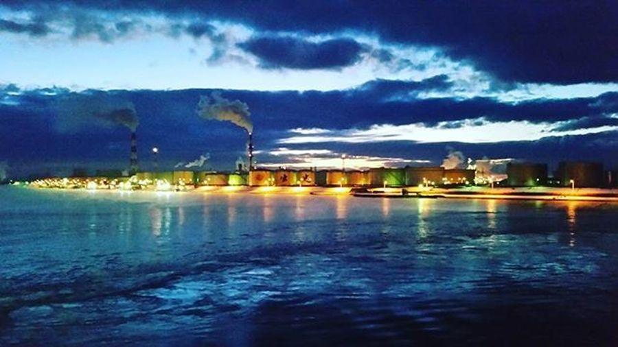 素敵な色合い 青が好き アンバー最高 コンビナート夜景 出張 Hokkaido Tomakomai Blue Umber