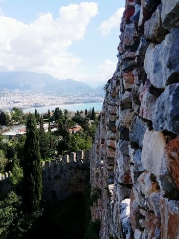 Görmeye değer bir şehir, Alanya. Rocky Mountains History Tarih  Castles Nature Deniz Blue Wave Sky Sea Magic Mystery Telephone Benimkadrajim Blue Travel Manzara Life Healthy Art Summer Springtime Mountain Tree Huzur Relaxing