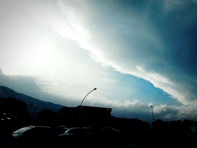 Rain Clouds And Sky Clouds Rainy Hiding Sun Awesome Sky