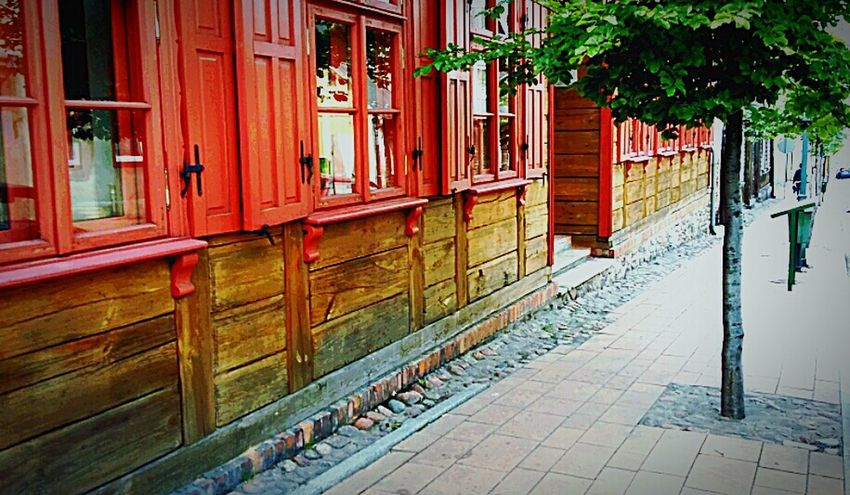 City Old Buildings Retro Style Sunshine Walking Makeing Art Tree Windows Shutters Wood House Poland Is Beautiful Photography For Fun Sunny Day Retrotown Enjoying Life Beatiful Place