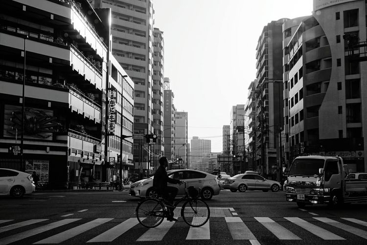Fukuoka,Japan Fukuoka-shi Fukuoka City  Bicycle Truck Cars People Photography People Watching Blackandwhite Photography Monochrome