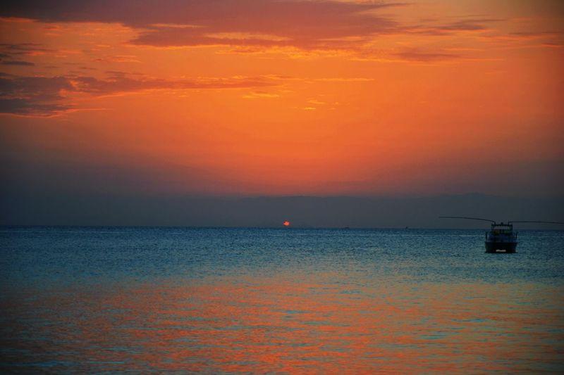 Sunset Nungwi Zanzibar🏊🏄🎣 Summer2013