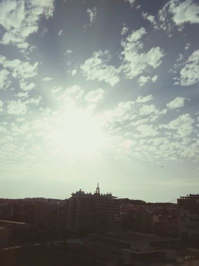 Cristo Rei - Almada Almada Portugal Sol Sun Sunset Sunset #sun #clouds #skylovers #sky #nature #beautifulinnature #naturalbeauty #photography #landscape Art Skyline Urban Uphigh Nasalturas Margem Sul