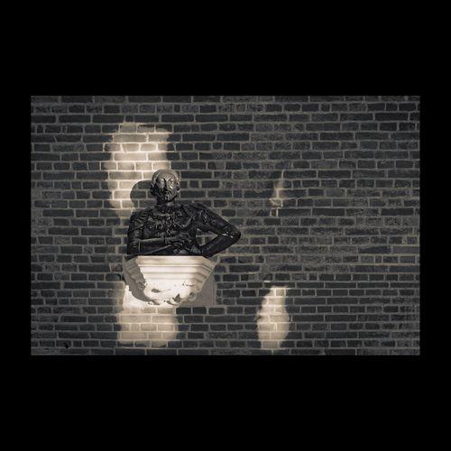 Le Roi François 1er au château d'Amboise attend le 13 septembre 2015, cinquième centenaire de la bataille de Marignan 1515, environ 15 000 morts. Amboise Touraine Loire Valley Monochrome Blackandwhite EyeEm Masterclass Shadows & Lights EyeEm Best Edits Eye4black&white  Noir Et Blanc