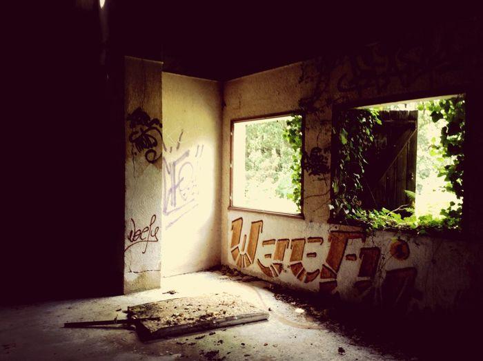 Abandoned Buildings Dark Contrast Urban