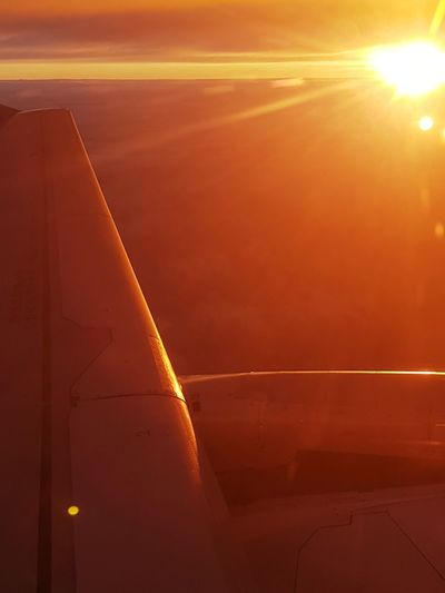 Lever de soleil sur Paris vu d'avion Plane Avion Morning Light Morning Orange Color Sunset Outdoors Transportation No People Travel Landscape Industry