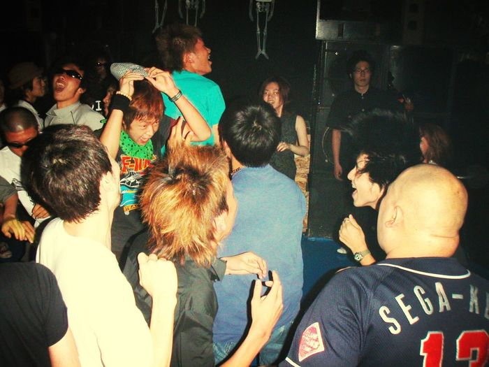 2002/07/13 Blanquilizer Vol.4 at Club Acid Tokyo Party Time! Crazy Moments In Your Day EyeEm Music Lover It's My Memories Rock'n'Roll この時は、みんな(良い意味で)狂ってたな。(^_^;)