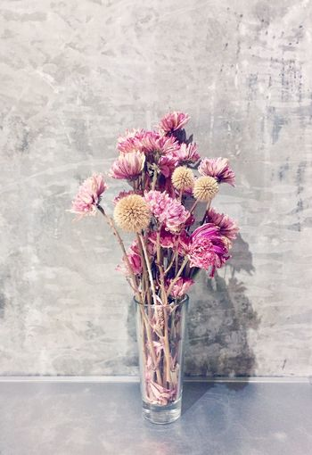 Flower Vase Fragility No People Petal Freshness Flower Head Nature Indoors  Beauty In Nature Bouquet Close-up Day Dry Flower  Art Tranquility