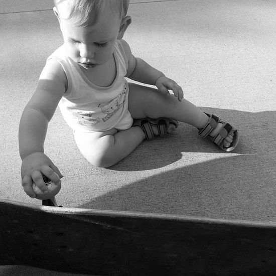 B&w Skate Monocromatico Monochrome Monochromatic Son Kid Children