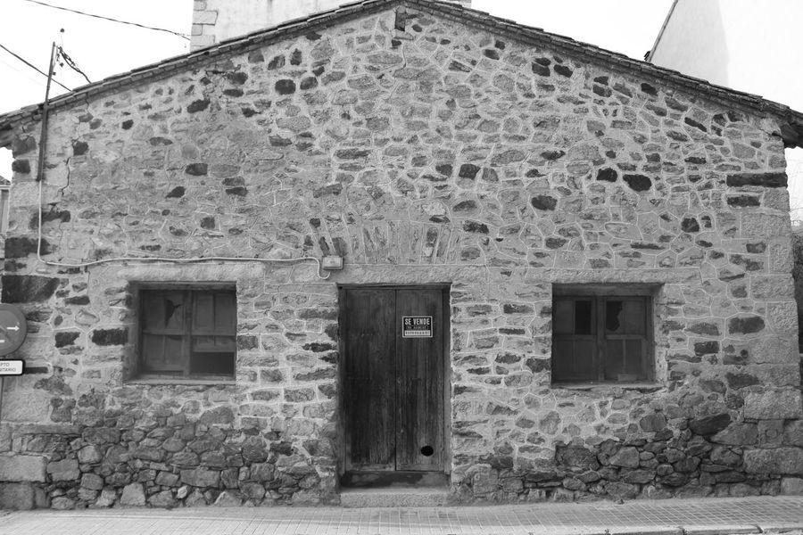 Architecture Brick Wall Building Exterior BuitragodelLozoya Deterioration Façade Low Angle View No People Pueblo Pueblos De España SPAIN Village