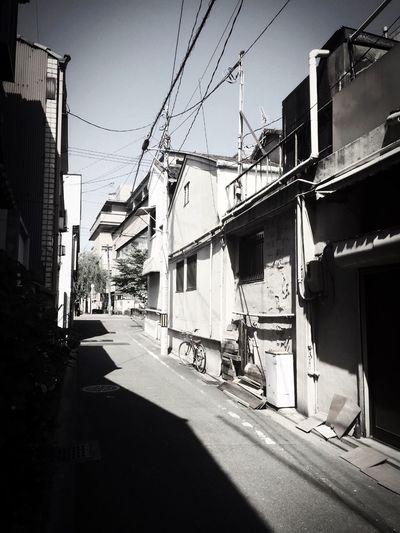 The Street Photographer - 2016 EyeEm Awards Kyoto Laneway