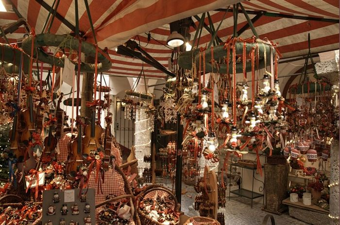 Xmas Market Travel Photography Austria Salzburg Traveling Christmastime Streetphotography
