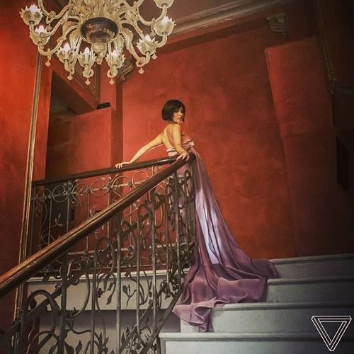 Italy Turin Italiangirl Model Shooting Picoftheday Dress Romance Elégance Palace Sophsticated Stairway Funnyday Feelingalive Feellikaprincess