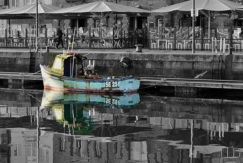 Calm brisk morning @suttonharbour Suttonharbour Plymouthbarbican Plymouthwaterfront Harbour Coloursplash Fishboats Fishboat Calmwater Briskmorning Plymouthdevon SouthWestEngland Southwestlife Devonlife Devon Earlymorning  Walktowork Amaturephotography Photos Photogrphylovers Photography Lifethroughalens Lovephotography  Photogrphylife Lovephotography  nikon nikond3200 nikonphotography nikon_photography daily_photoz swisbest liveforphotography