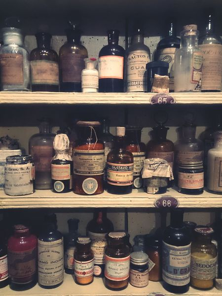 Beautifully Organized Pharmacy Jar Ingredient Old-fashioned Jar Shelf Choice Jars  Jar Shelf Choice Ingredient Old-fashioned Indoors  Variation No People Day Medicine Old Medicine Medicinas Medicamentos Antiguos Botica Boticas