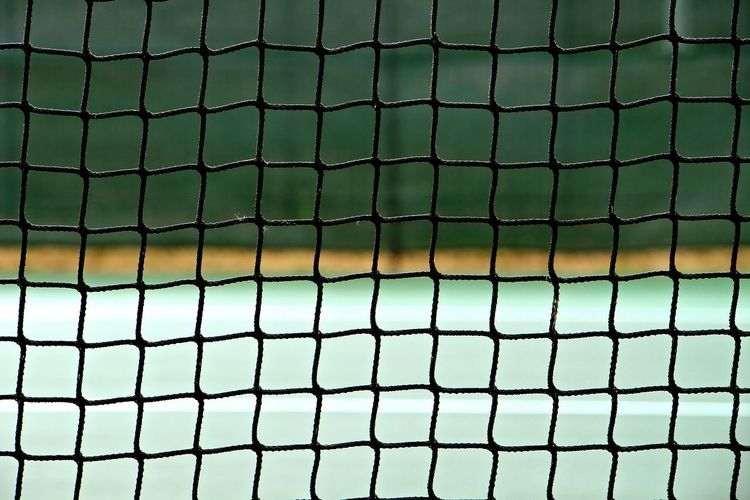 Abstract Backgrounds Close-up Design Detail Full Frame Geometry In A Row Metal Metal Grate The Color Of Sport My Favorite Place Pattern Pattern Pieces Pattern, Texture, Shape And Form Patterns & Textures Protection Repetition Safety Simplicity Tennis Tennis Court Tennis 🎾 Tenniscourt Textured
