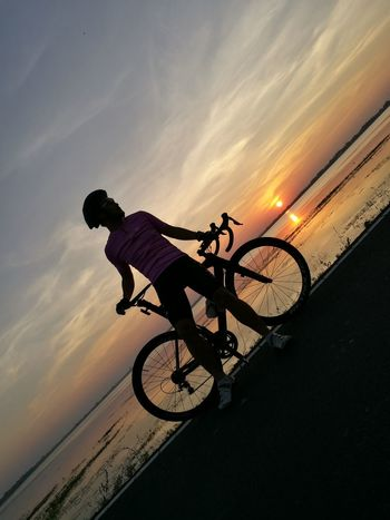 Bicycle Sunset Cycling Transportation Sport Extreme Sports Silhouette Travel Dusk Riding Mode Of Transport Wheel Sky Motorcycle Sports Race Biker Speed Nature Headwear Adventure Surin Thailand Cyclingphoto Clinging To Life My Year My View