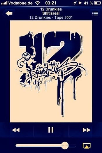 Currently Listening To Music : 12 Drunkies | HipHop/german