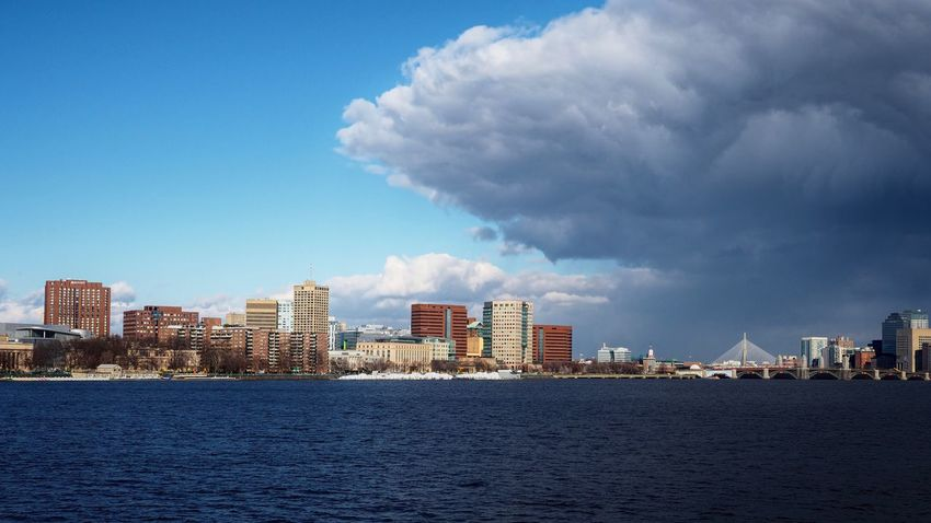 Storm is coming to Boston Seaside Sea Contrast Sunny Weather Cloudy Cloud Bridge Building Built Structure Skyline America USA Massachusetts Boston Colour Your Horizn Urban Architecture Skyscraper Building Exterior City Cityscape Sky Urban Skyline Downtown District Cloud - Sky Waterfront Water Urban Scene Modern The Great Outdoors - 2018 EyeEm Awards