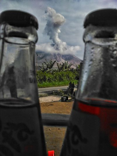 Sinabung eruption today, Sinabung Level IV the alert to resident Sinabung Sumatera Utara Sinabung Masihindonesia Pfimedan Pewartafotoindonesia EyeEm Best Shots EyeEm Nature Lover EyeEm Gallery The Photojournalist - 2017 EyeEm Awards