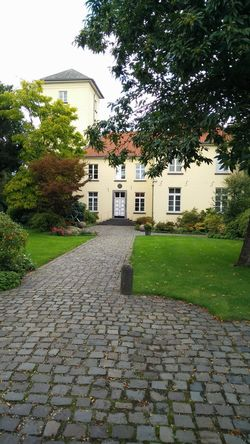 KrefeldLinn Nature Cobblestone Architecture Building Exterior No People House Outdoors City Day Built Structure