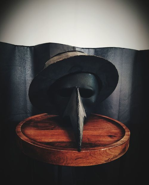 Close-up No People Indoors  Plague Doctor Mask Halloween Costumes Halloweenparty Shadows & Light Bird