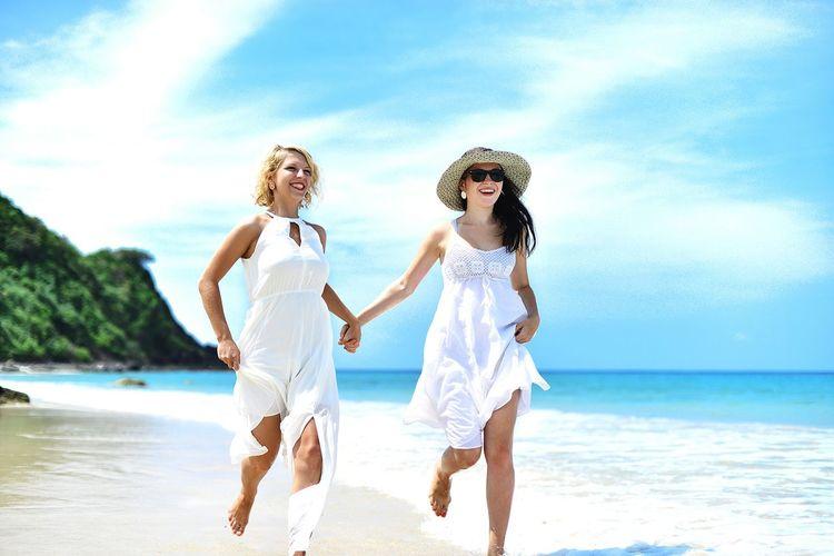 Everyday Joy Girls Traveling EyeEmBestPics Colors EyeEm Best Shots Philippines Beach Life Elnido Life Is A Beach