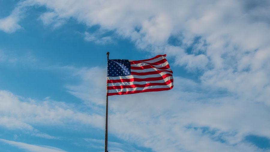 USA💘 Stars And Stripes Red Patriotism Blue Flag Cultures Striped Sky Cloud - Sky National Icon Flag Pole American Flag Symbolism National Flag Pole Identity Vapor Trail