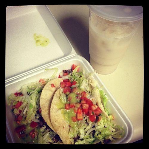 Horchata and tacos! Yuuuuuum! Mexicanfood Ilovemexicanfood Farmersmarket Tacos ILoveTacos Horchata  Ilovehorchata Legit