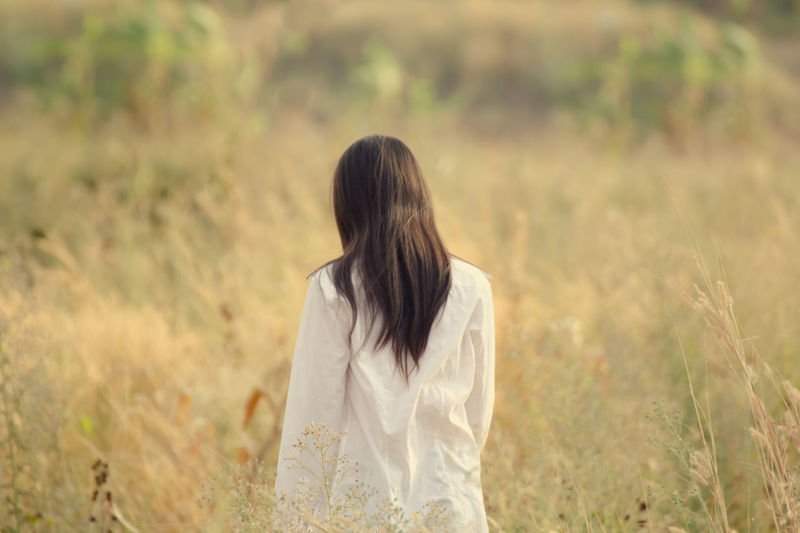 Beauty Day Grass Long Hair Nature One Person One Young Woman Only Only Women Outdoors People Real People Rear View Women Fresh On Market 2017
