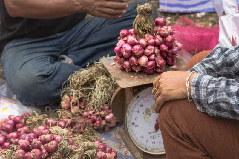 Choice Day Food Food And Drink Large Group Of Objects Market Market Stall Outdoors Red Onion