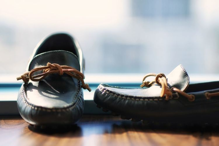 Old-fashioned No People Close-up Technology Indoors  Day Shoes Shoe Loafers Bokeh Against The Light Pair Hotel Sperry Sperrytopsider SperryTopSiders Out Of The Box