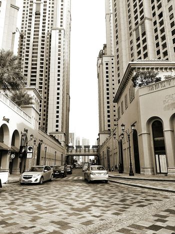 Dubai UAE Uae Dubai Jumeirah Buildings Road Walking Around Walk Day Cars Clean Architecture