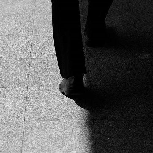 ก้าวเดินของเราถ้าเทียบกับคนอื่นในรุ่นเดียวกัน ของเราถือว่าช้ามาก เราอิจฉานะที่คนอื่นเค้าเดินได้ไวกว่าเรา เราเดินบ้างหยุดบ้าง ออกนอกทางบ้างคงไม่เป็นไรหรอกมั้ง จากนี้เราจะพยายามเดินให้เร็วกว่านี้นะ คงทันคนอื่นในสักวันแหละ ไม่ได้ดราม่านะจ๊ะ