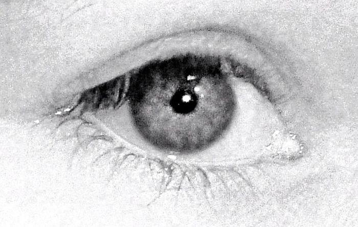 That's Me Eyes Enjoying Life Hanging Out