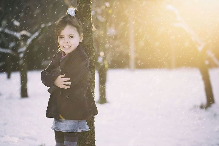 Deepfreeze Child Daughter Family Winter Snow Freeze Kids Sunset Portrait Its Cold Outside