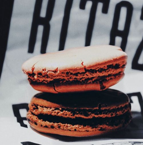 'IF YOU DREAM IT..YOU CAN DO IT' {WALT DISNEY) Macarons Paris