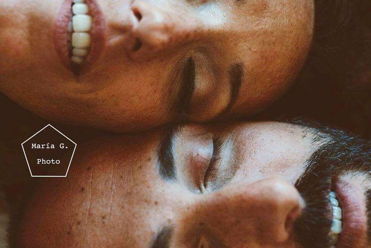 Love Marriedlife Sensibility VSCO Nikonphotography Popular Photos Kiss Tattoo Smile Red Hair Morningday Lovemorning Indoors