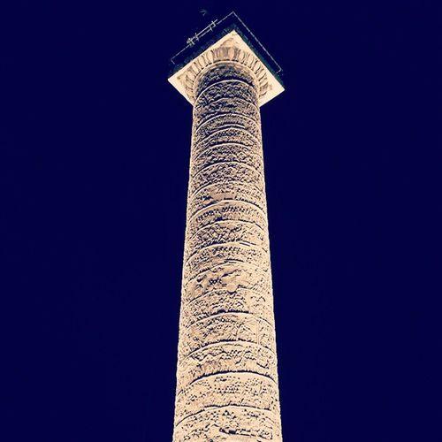 Italy Rome Colonnatraiana Traianacolumn Column Romanempire Romans Instarome Instaitalia Night Lights Light Luci Forotraiano Traianoforo City Love History Old Cool Instamood